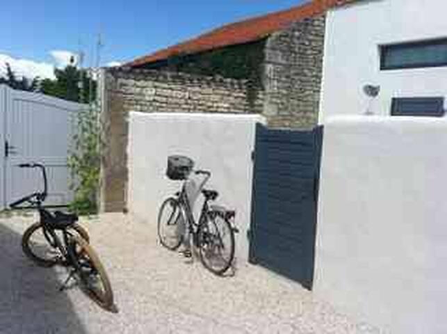 maison à l'île d'oleron avec accès plage