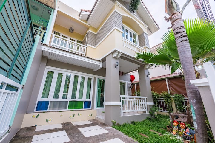 3BR BIG NEW HOUSE CENTER PATONG - Patong - Dom