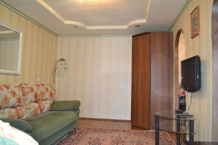 Квартира у вокзала на ул.Челюскинцев д.49а .