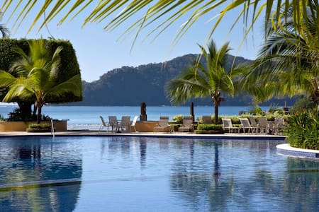 Luxury vacation condo Los Suenos C
