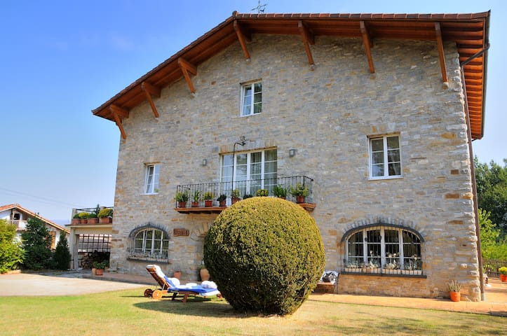 Utopia, ideal duplex to explore the Basque Country