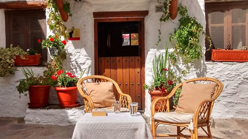 Pretty cottage for Alpujarra hikers - Capileira - Casa