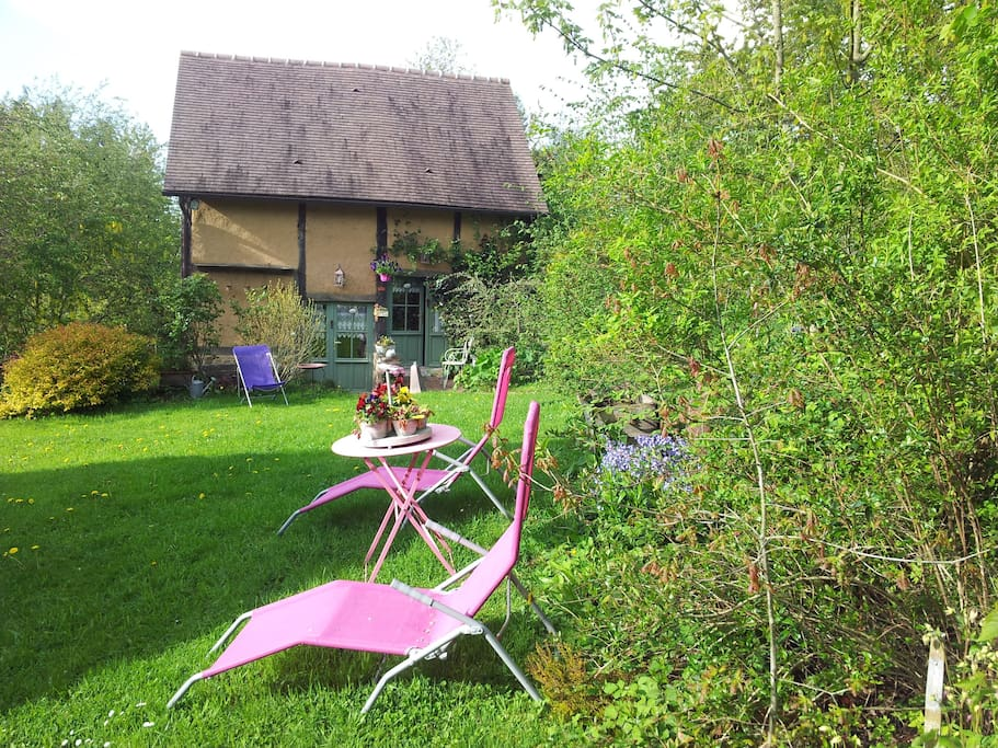 Chambres d 39 h tes de la bergerie bed and breakfasts for for Chambre d hotes basse normandie