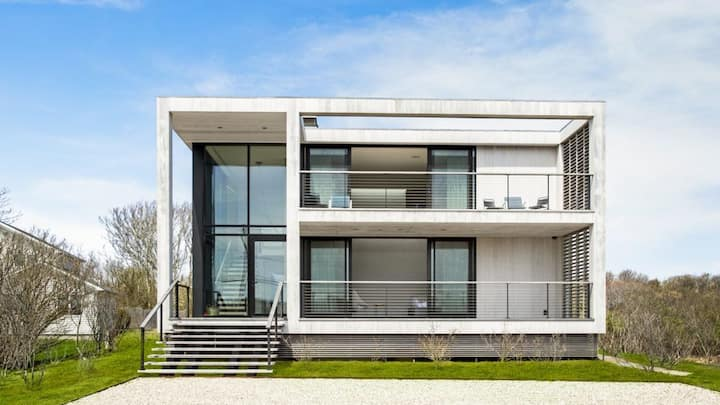 NEW LISTING: Modern Beauty Architectural Dreamhouse with Ocean Views and Walking to the beach
