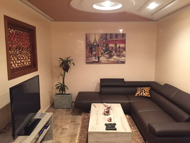 Grand Studio 55m à Agdal (Ref 001) - Rabat - Appartement