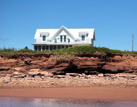Oceanfront Beach House by Jerada
