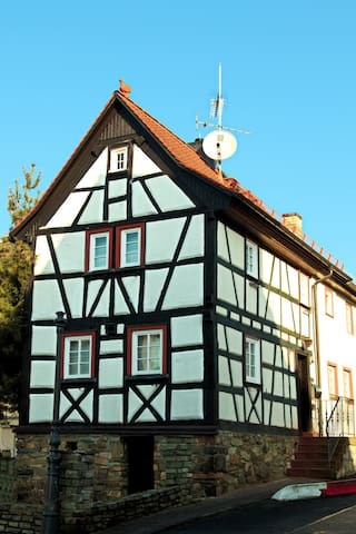 Cosy Fachwerkhaus, close to Frankfurt/Messe