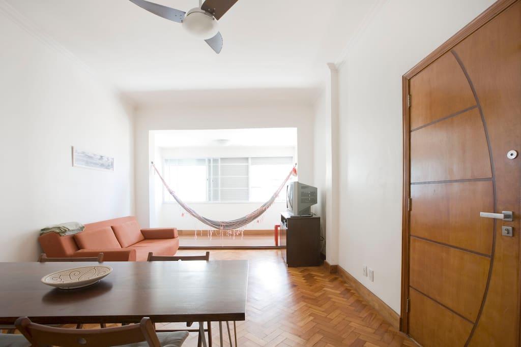 sch nes appartement blick auf copacabana und meer wohnungen zur miete in rio de janeiro rio. Black Bedroom Furniture Sets. Home Design Ideas