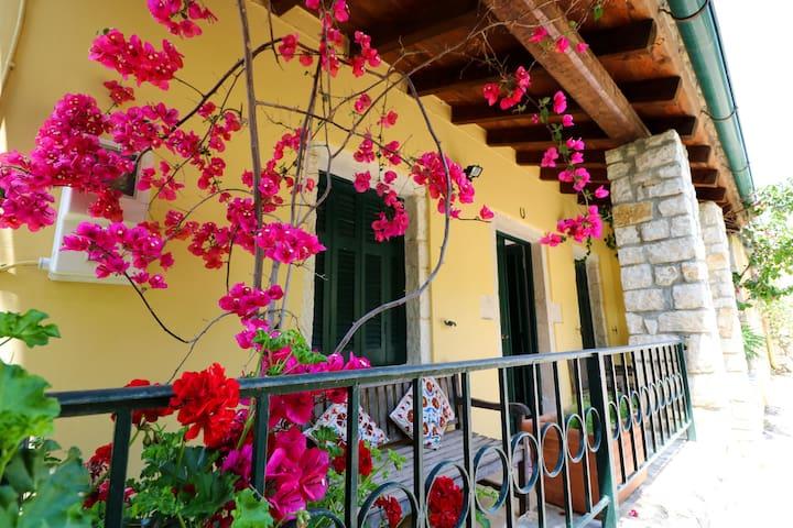 Venetian Olive Press in Agios Panteleimonas