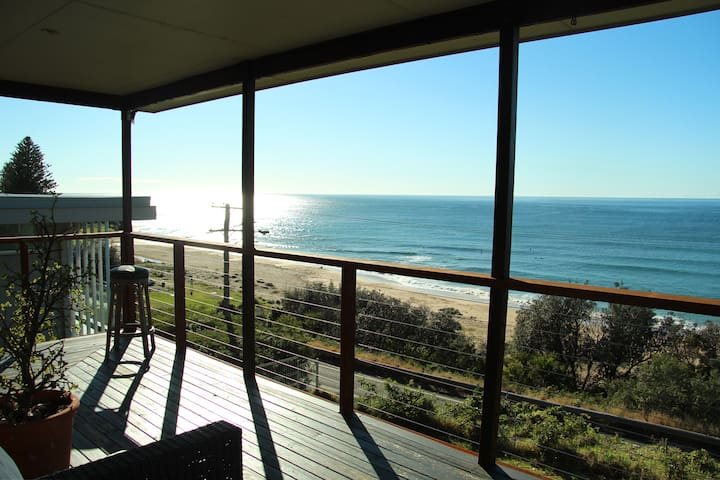 sharkies beachside retreat - Coledale - Huis
