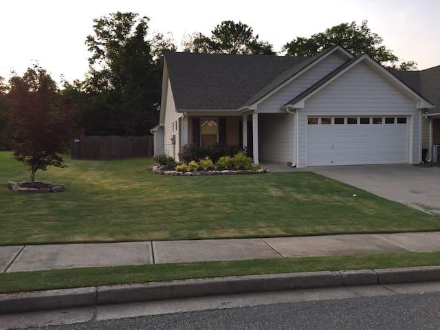 Mi Casa Su Casa (Quiet & Clean) - Cartersville - Dom