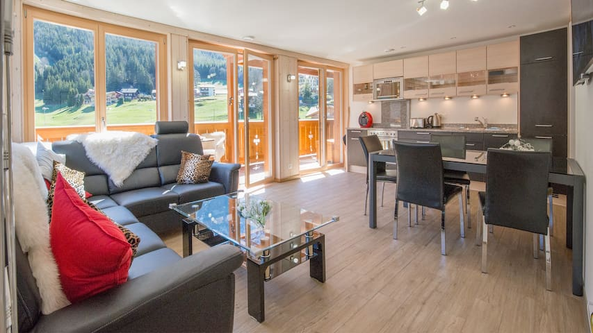 Chalet Belmont - perfect location, recently new