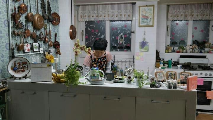 Breakfast &  Desk (양천구청역1분. , 개인욕실, 고척돔 4Sts )
