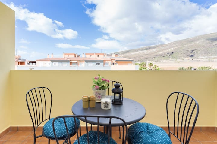 ROOF TERRACE WITH POOL NEAR BEACH