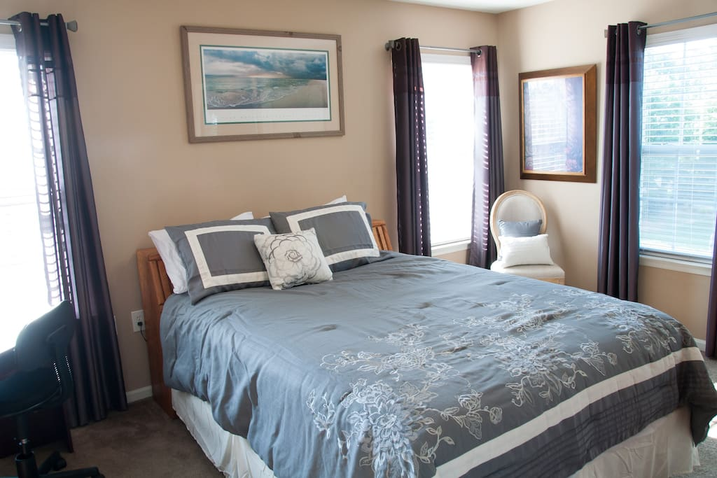 Master suite 1  with queen size bed and in-suite with shower.