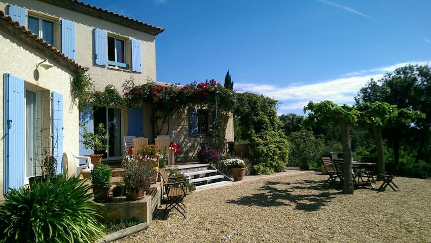 The South of France for nature lovers - Peret - Casa