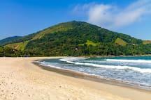 Praia de Camburizinho
