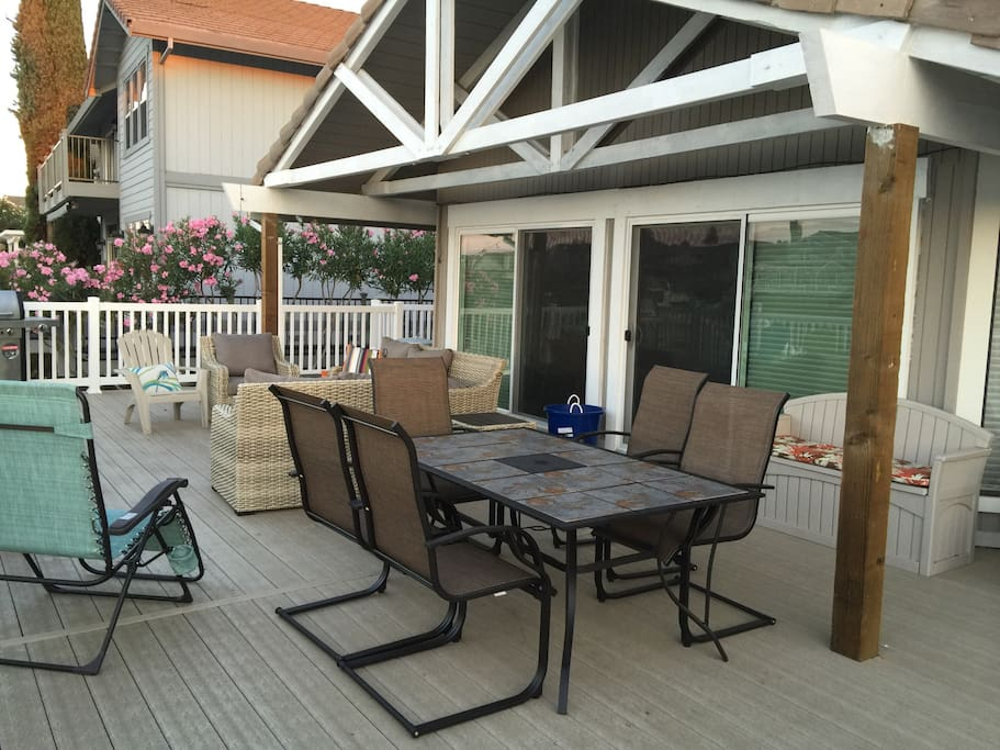 Dine out side - all new patio and furniture
