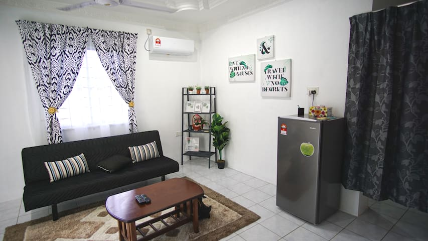 New! 5 Minutes to Town @ Labuan. 3 Rooms Cozy Home