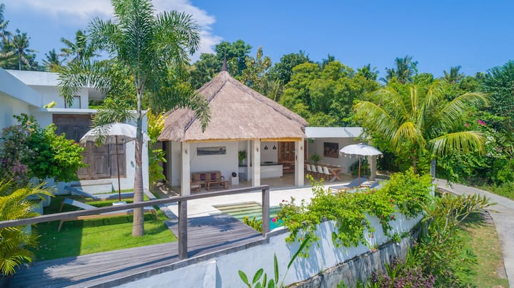 Villa Kebaya, Tumbu Bali