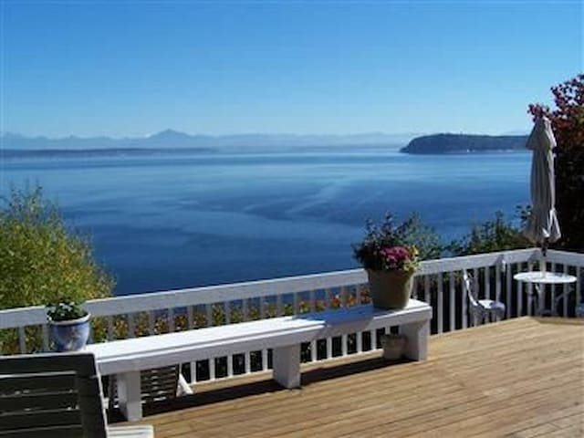 Maple Cove Beach House (Waterfront) - Langley - Σπίτι