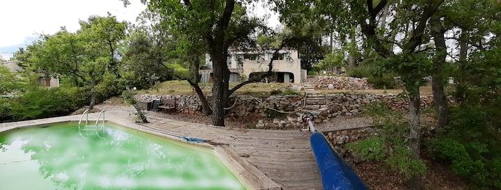 Villa 4p avec piscine au cœur de la Provence verte