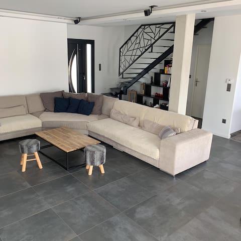 Maison Contemporaine - Piscine Chauffée - Bordeaux