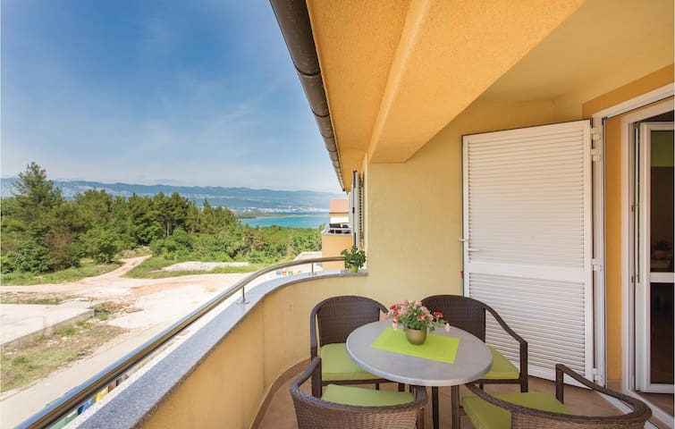 Holiday apartment with 2 bedrooms on 57 m² in Cizici