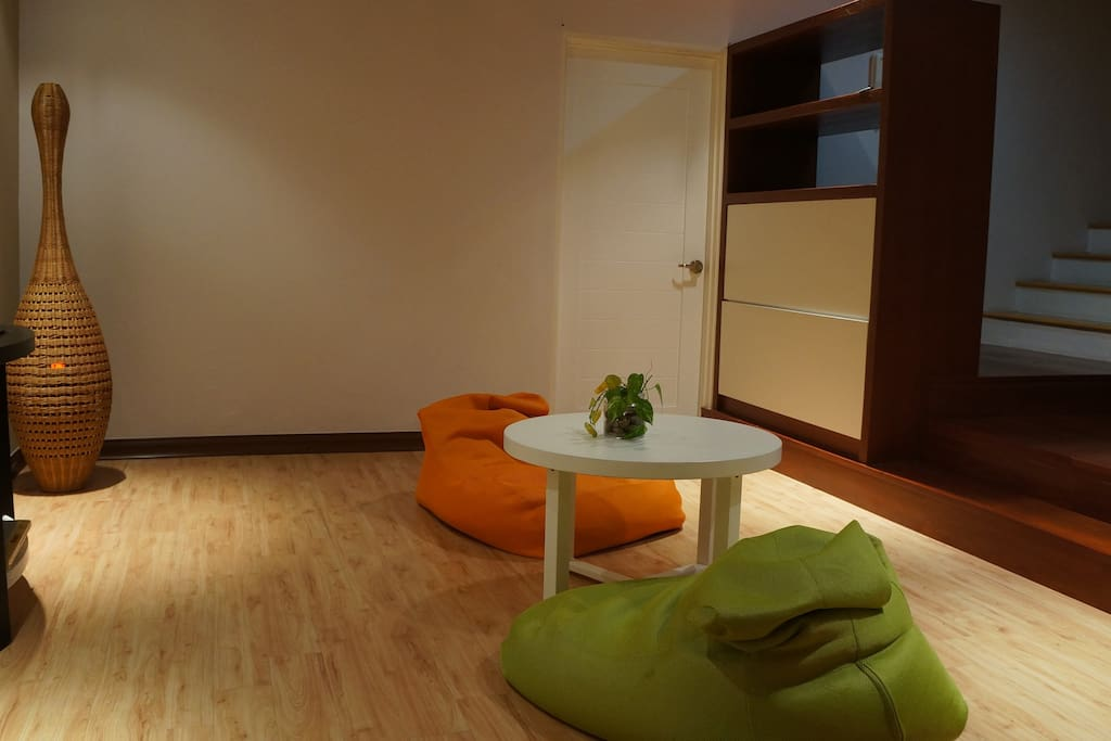 Family area with TV & DVD player
