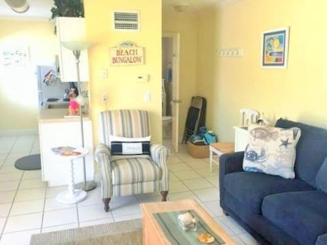 Twin Palms 5 - Siesta Key - Condominium