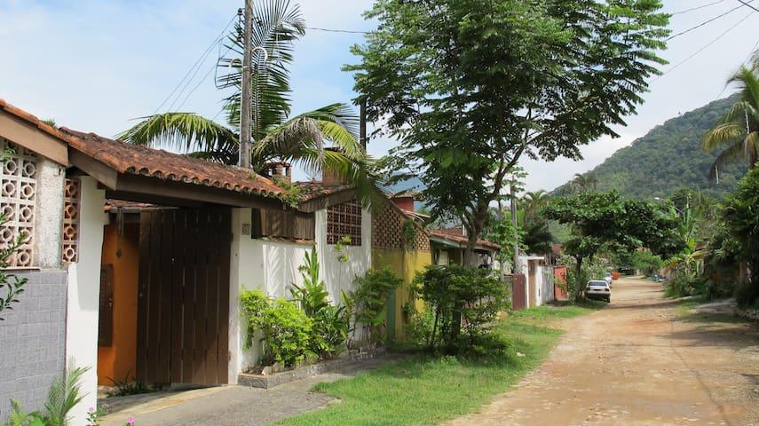 Casa de praia na Enseada Ubatuba