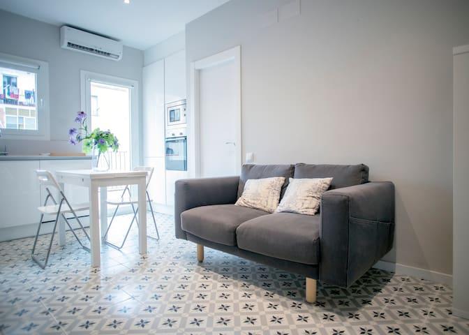 Piso con 1 habitacion y terraza privada