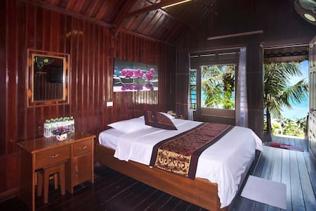 Deluxe Sea View Bungalows on Island