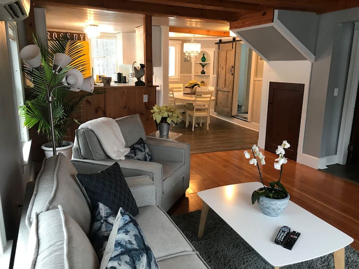 Falmouth 3 Bedroom/2 Bath Loft Condo