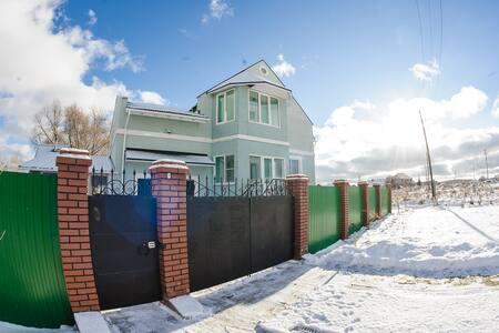 """Гостинный Дом """"НаПолеОн"""" - Yekaterinburg"""