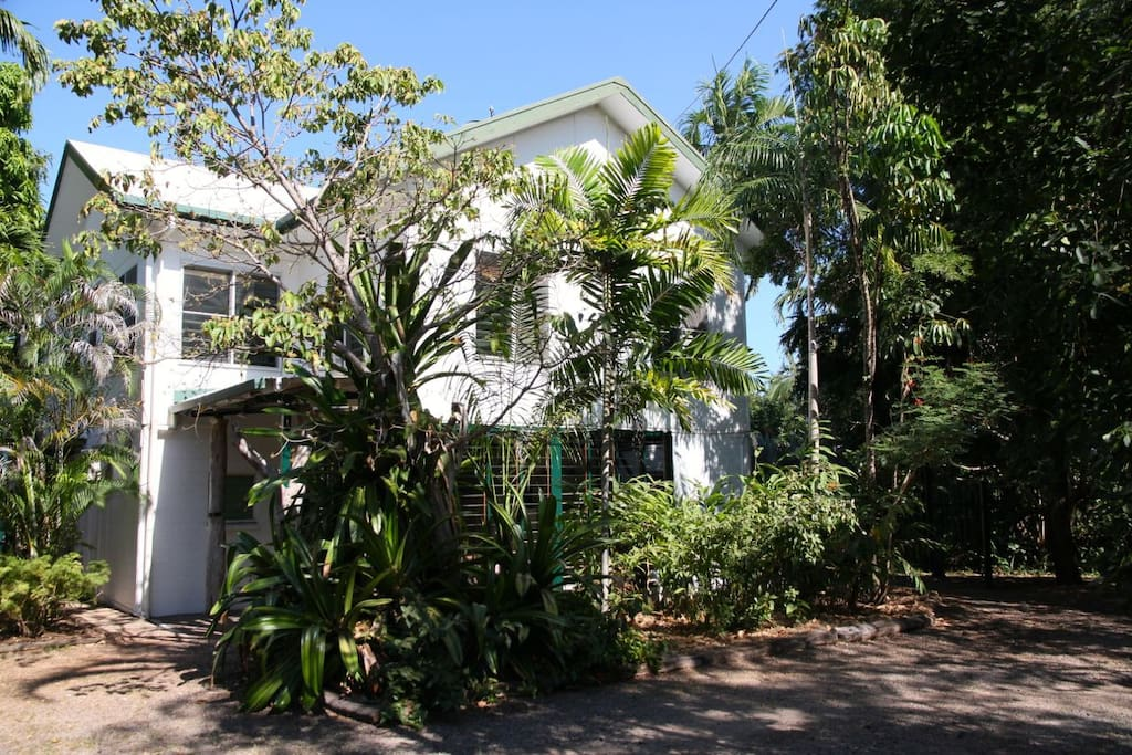 A unique Darwin old-world tropical home