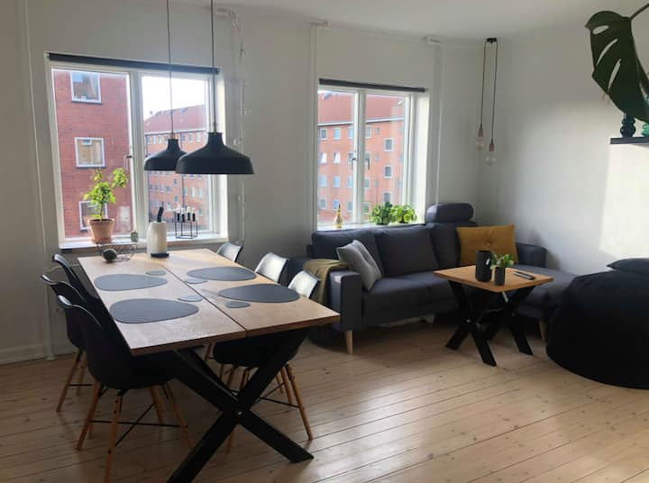 Nice apartment in Aalborg with free parking