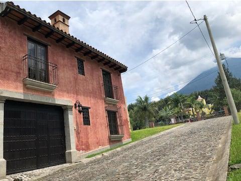 Villa a 15 minutos de Antigua Guatemala
