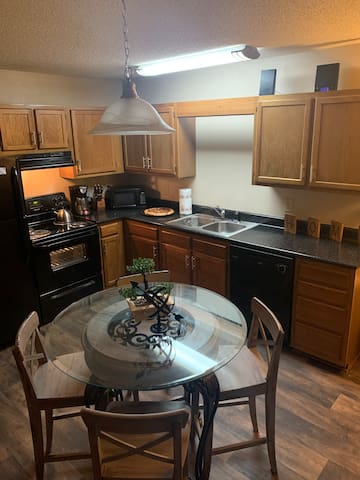 Newly renovated 1 bedroom 1.5 bath town home!!!!