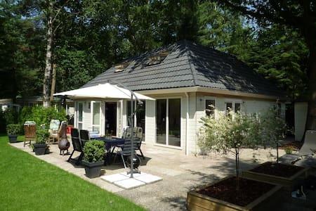 8 persoons vakantiehuis met sauna - Diessen - Chatka