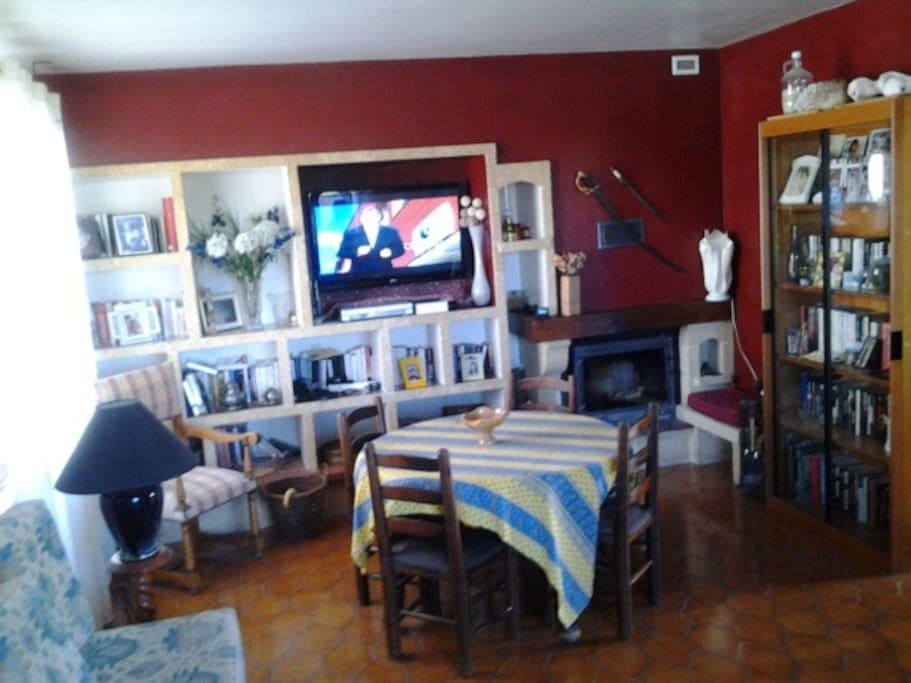 Villa piscine tout confort 8 pers villas for rent in for Piscine vinon sur verdon