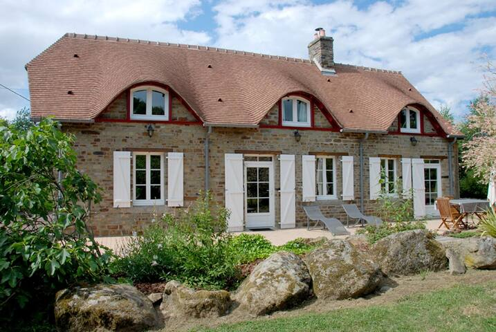 Quiet & relaxing break in Normandie - Le Theil-Bocage - Haus