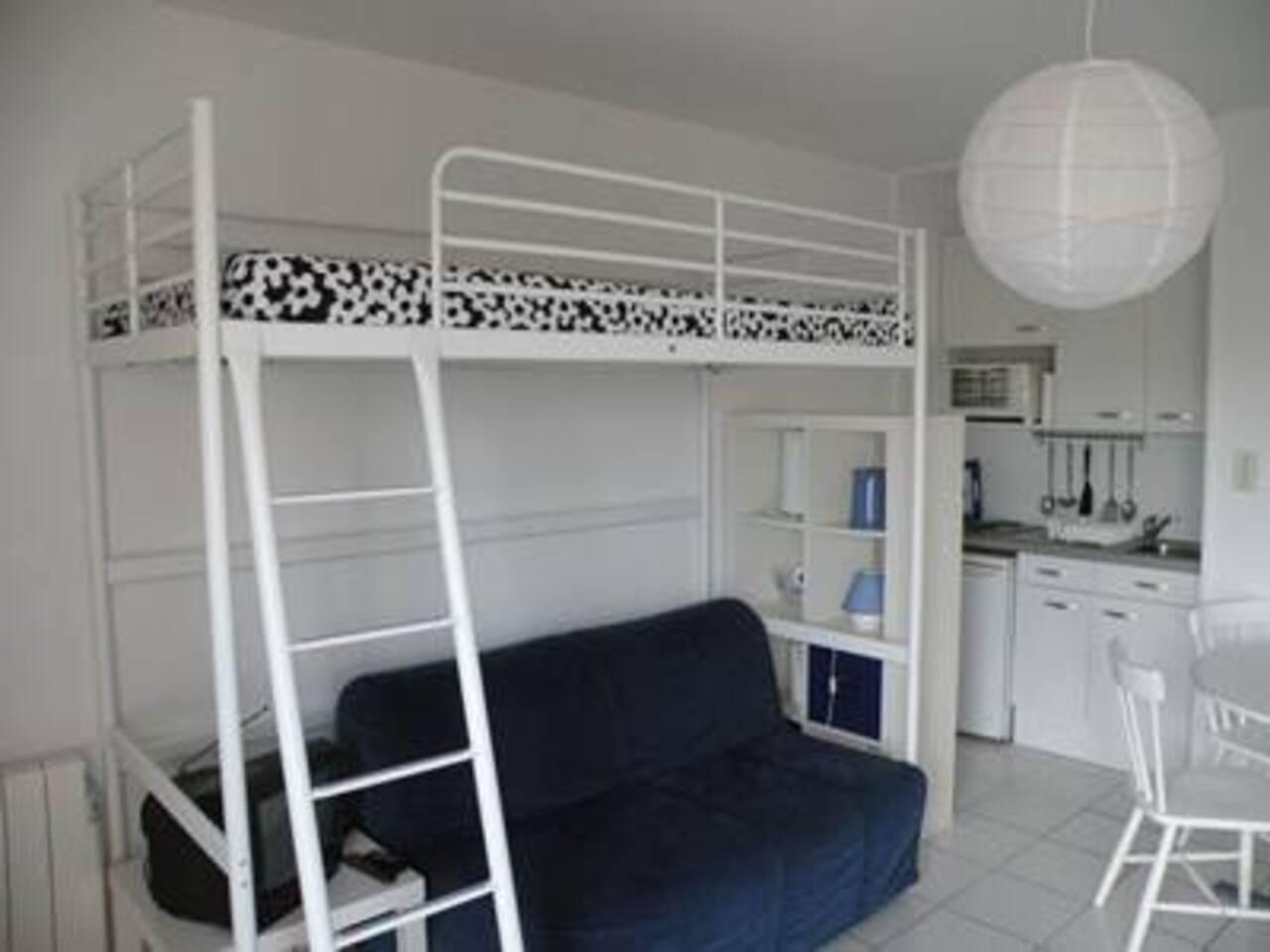 Clic clac 2 places et lit mezzanine 1 place