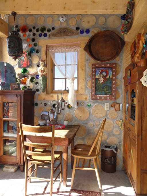 Sweet sitting and dining area