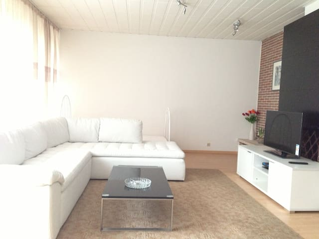 140m2 fully equipped 3-B appartment - Ganshoren - Apartament