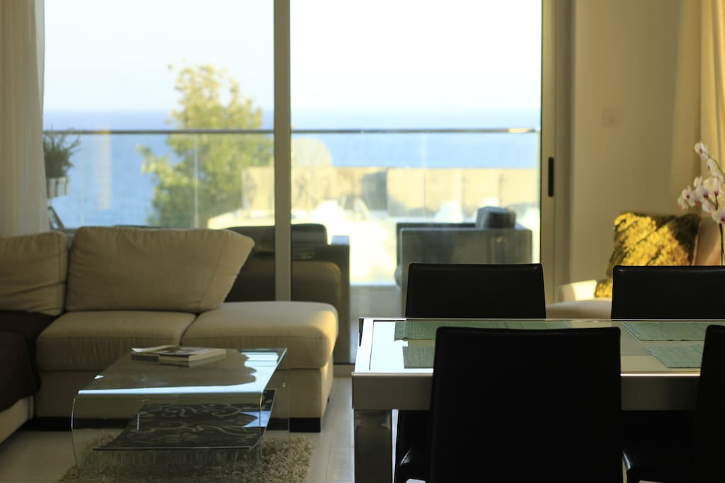 Living room, dining area-sea view