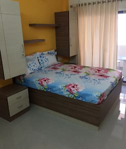 Studio Apartment (50 mtrs to temple lake) - Guruvayur - Apartment