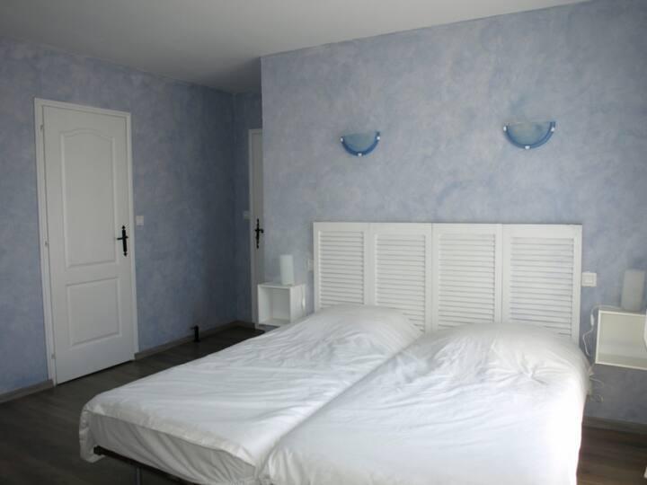 Chambre d'hôte 2 personnes Bleue