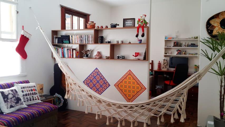 Apezinho lindo para até 4 pessoas - Porto Alegre - Huoneisto