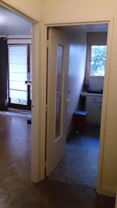 agr able studio paris 15 appartements louer paris. Black Bedroom Furniture Sets. Home Design Ideas